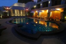 Patong Boutique Hotel - around the pool 3